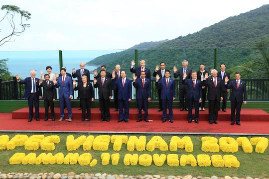 """Nóng trong tuần: 20 nhà lãnh đạo thế giới cùng dàn chuyên cơ, """"quái thú"""" xuất hiện ở Đà Nẵng - 1"""