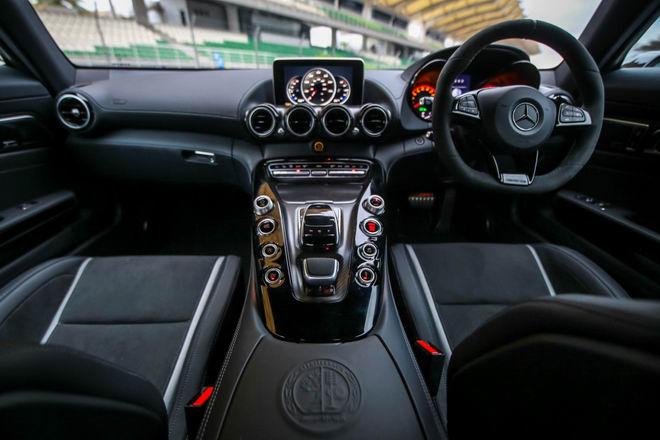 Mercedes-AMG GT R 2017 đến Đông Nam Á, giá 9,13 tỷ đồng - 4