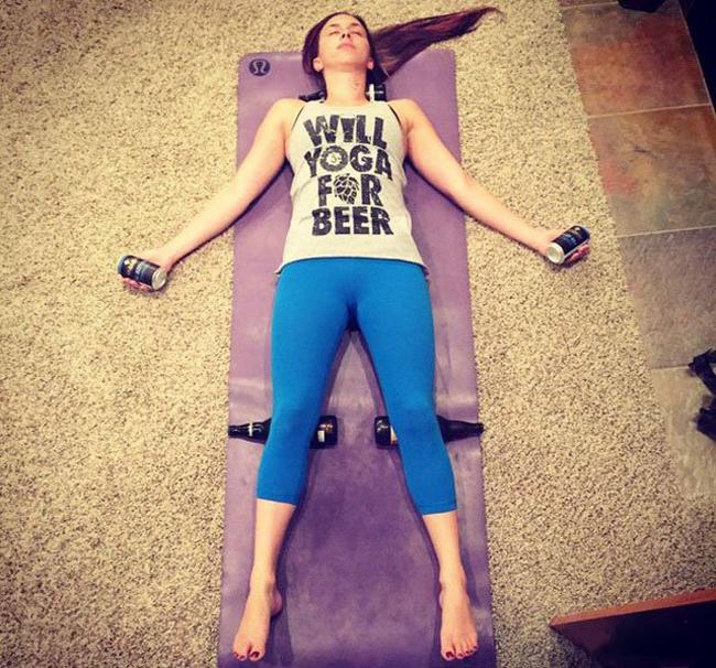 Chỉ là công cụ hỗ trợ để chị em chúng tôi tập yoga thôi mà.