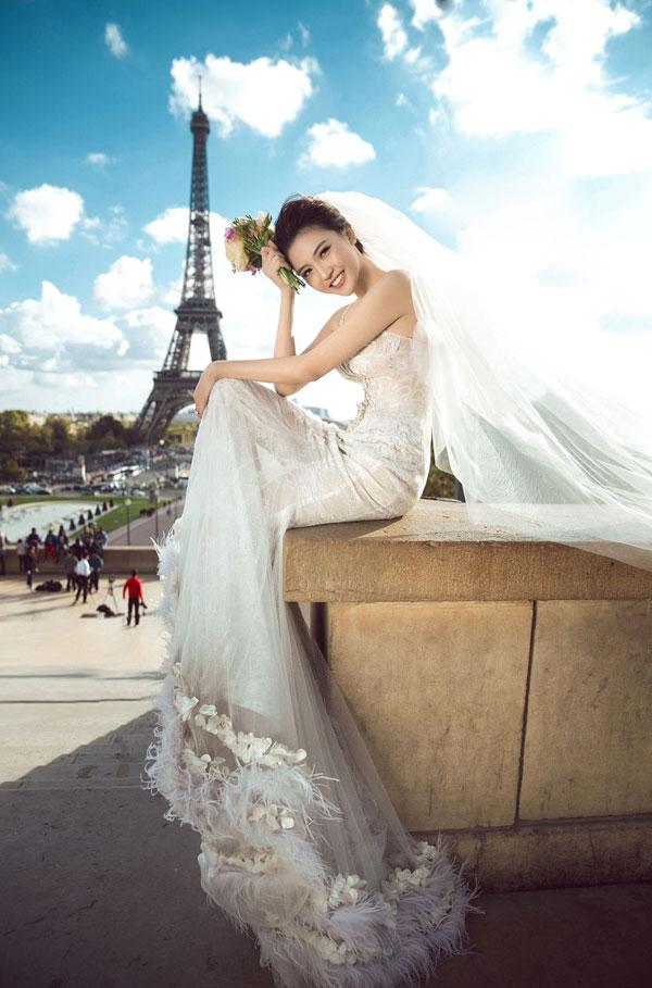 """Ảnh cưới đẹp tới nín thở của """"mỹ nữ Vũng Tàu đi xe 70 tỷ"""" bên đại gia hơn 18 tuổi - 1"""