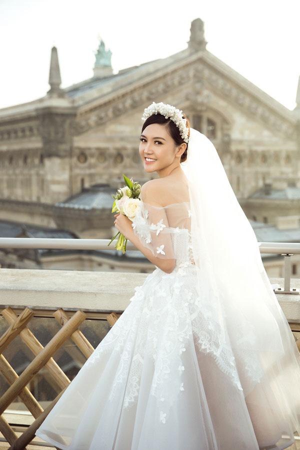 """Ảnh cưới đẹp tới nín thở của """"mỹ nữ Vũng Tàu đi xe 70 tỷ"""" bên đại gia hơn 18 tuổi - 7"""