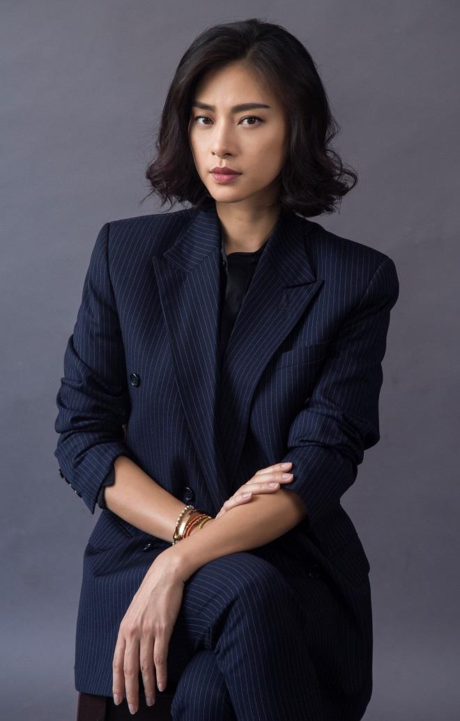 """Người đẹp gốc Việt đóng """"Star War"""" bất ngờ đến Sài Gòn cuối tháng 11 - 3"""
