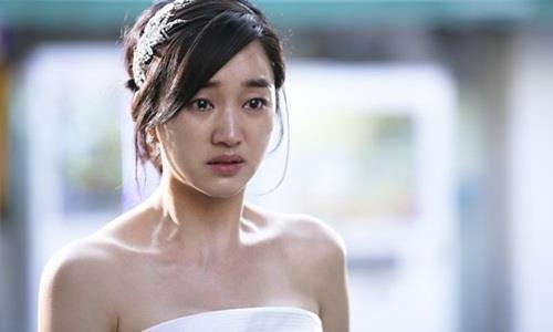 Bí mật thời sinh viên khiến tôi nhận cái tát đau điếng từ chồng trong lễ cưới - 1
