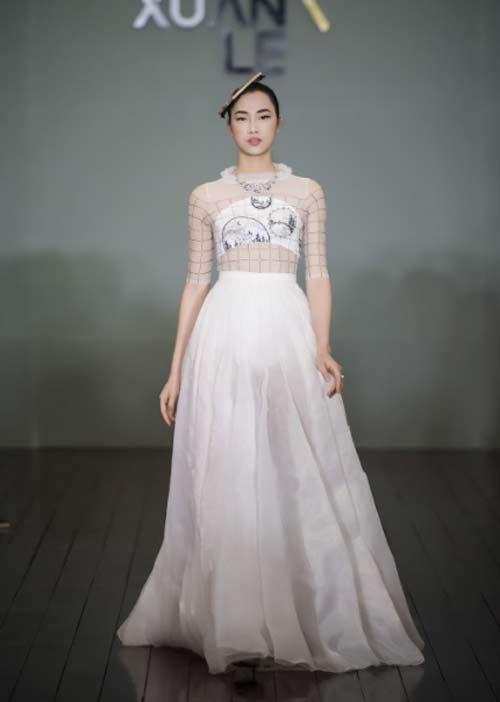 Thanh Mai U50 vẫn đẹp như tiên với váy trăm triệu đính ngàn viên pha lê - 6