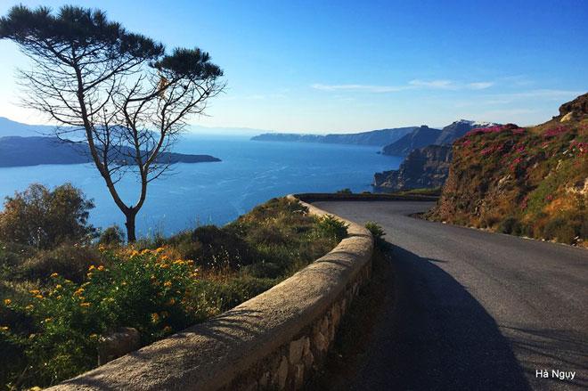 """Santorini - Những điều nhất định phải biết về """"hòn đảo của các thiên thần"""" - 11"""