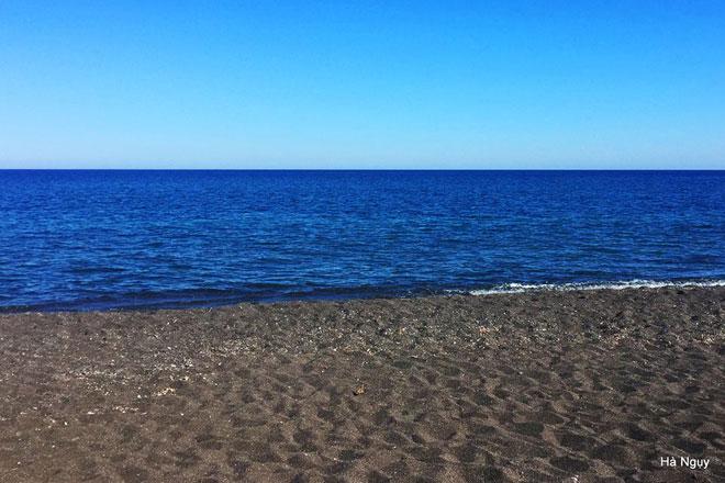 """Santorini - Những điều nhất định phải biết về """"hòn đảo của các thiên thần"""" - 20"""