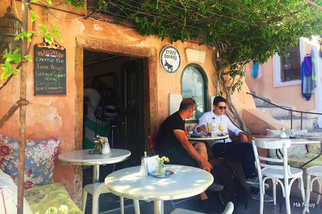 """Santorini - Những điều nhất định phải biết về """"hòn đảo của các thiên thần"""" - 27"""