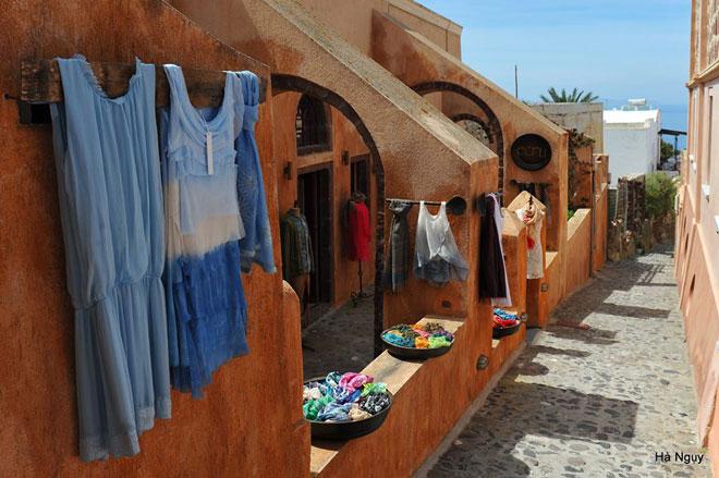 """Santorini - Những điều nhất định phải biết về """"hòn đảo của các thiên thần"""" - 31"""