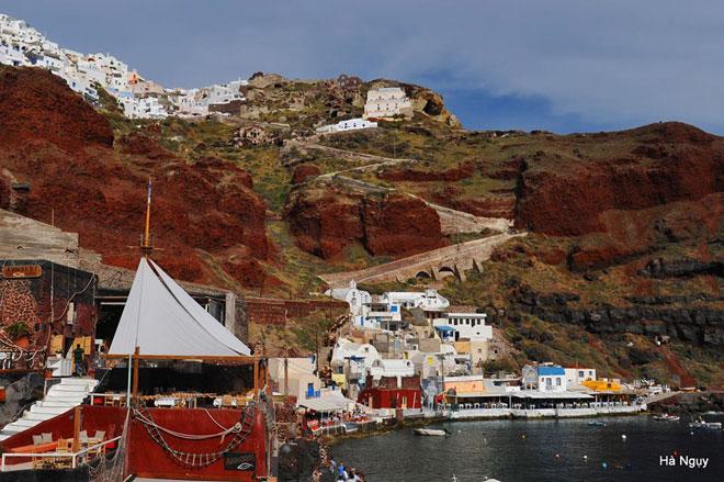 """Santorini - Những điều nhất định phải biết về """"hòn đảo của các thiên thần"""" - 32"""