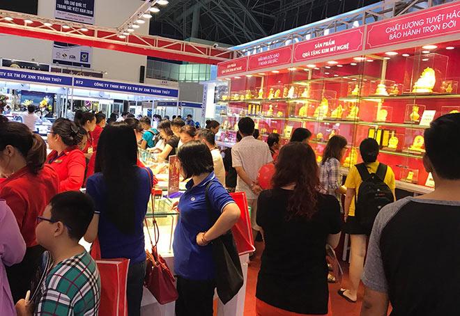 Giải mã sức hút của Trang sức DOJI tại các kì Hội chợ Quốc tế Trang sức Việt Nam - 2