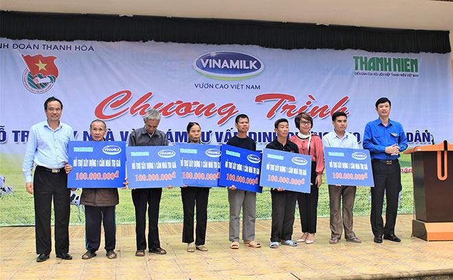 Vinamilk hỗ trợ 3 tỷ đồng cho người dân vùng lũ - 3