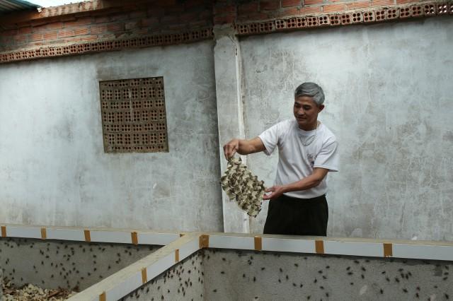 Xây nhà nuôi con kêu ri ri, liên tù tì thu 15 triệu/tháng - 1