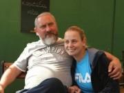 Tennis 24/7: Sao quần vợt Úc tố cáo cha đẻ  xâm hại