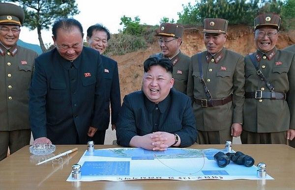 Triều Tiên gửi mật thư cho Tổng thống Putin cảnh báo đánh Mỹ? - 1