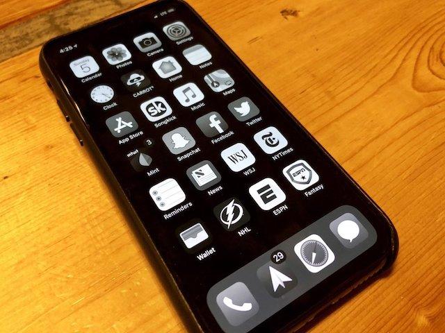 """Làm thế nào để """"cắt tai thỏ"""" trên iPhone X? - 2"""