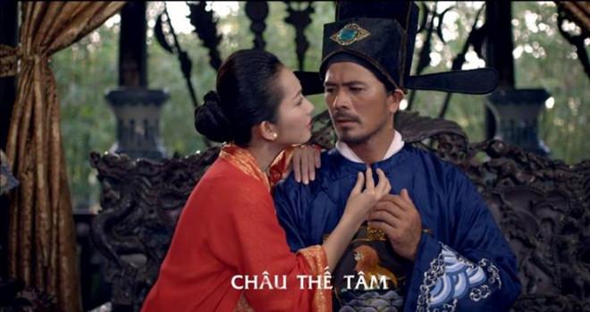 Mỹ nữ hớ hênh, không mặc nội y lên phim gây sóng gió màn ảnh Việt - 4