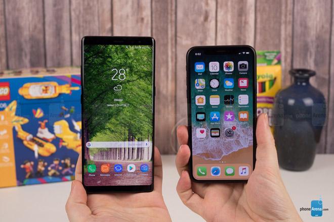 """So sánh iPhone X với Galaxy Note 8: """"Cuộc chạm trán nảy lửa"""" - 2"""
