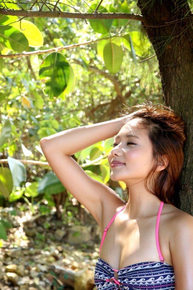 Khoe vòng một nóng bỏng, mỹ nữ TVB trở thành nhân vật được cư dân mạng tìm kiếm - 4