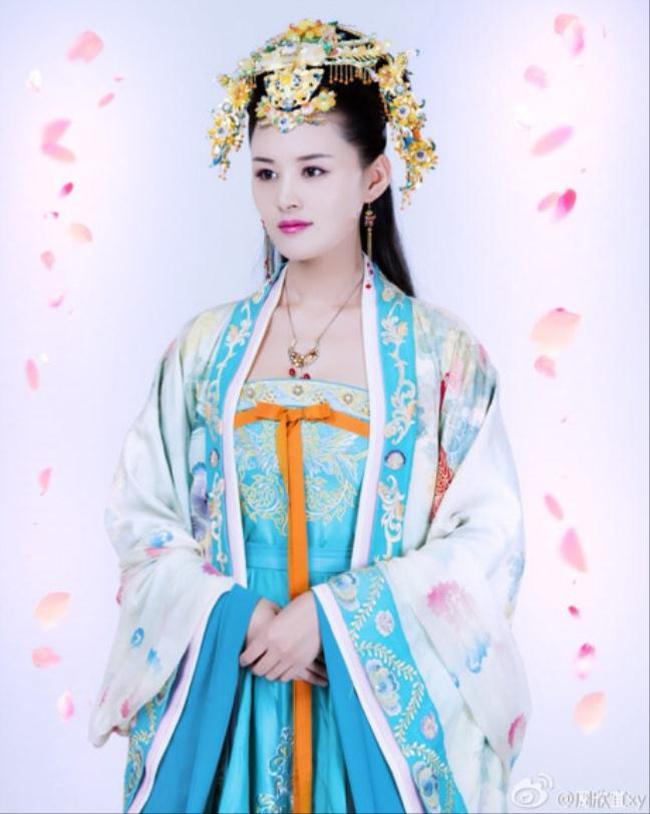 Bộ phim Bao Thanh Thiên 2016 có bối cảnh nhà Tống nhưng trang phục công chúa lại giống như thời Đường khiến nhiều người nổi giận.