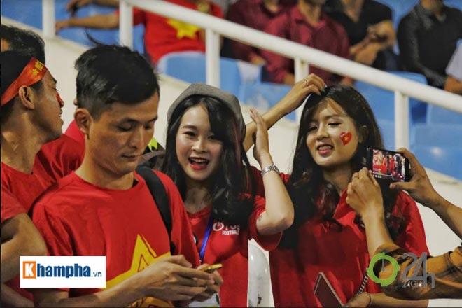 """Bóng hồng """"cháy"""" hết mình giúp ĐT Việt Nam làm nên lịch sử - 4"""