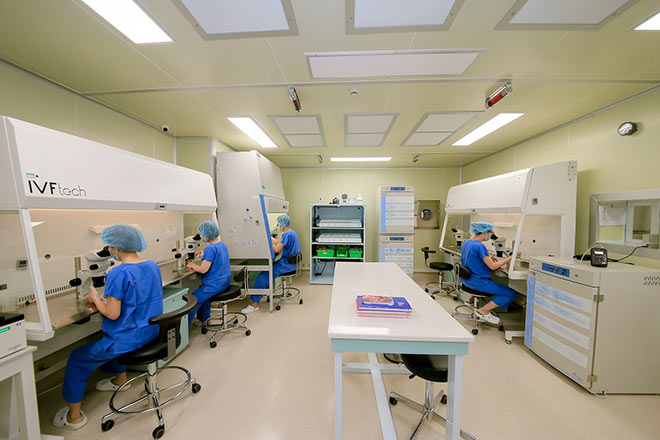 Hơn 300 em bé ra đời từ thụ tinh ống nghiệm thành công tại Vinmec - 3
