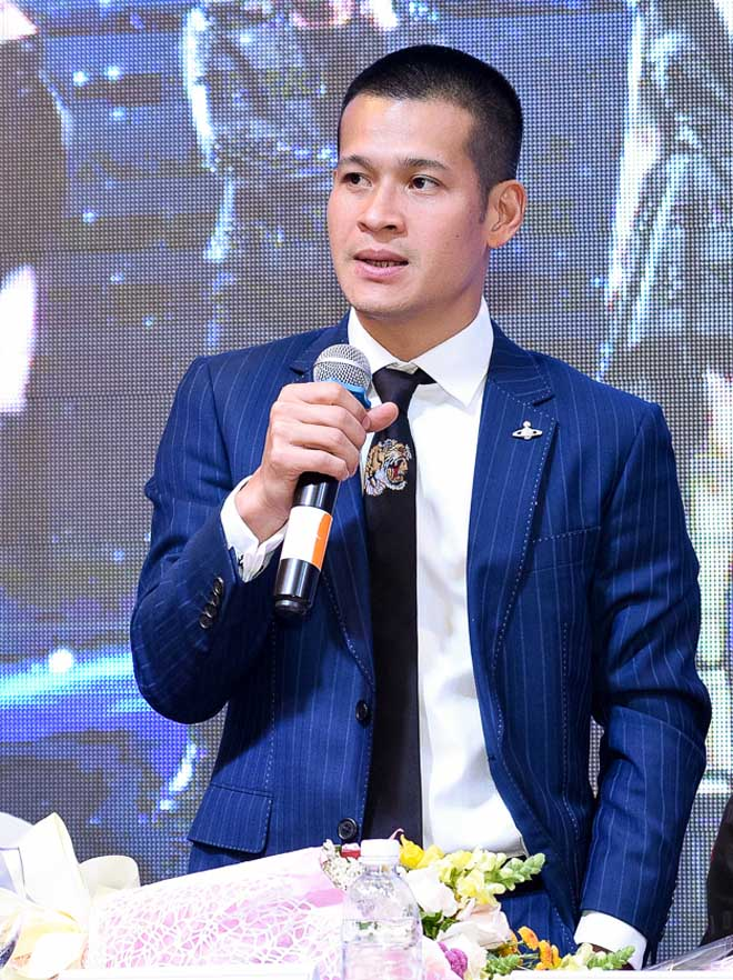 """Việt Tú: """"Nghệ sĩ ở đâu cũng phải thích nghi"""" - 2"""