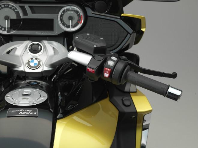 2018 BMW K1600 Grand America: Chuyên cơ cho phái mạnh - 7