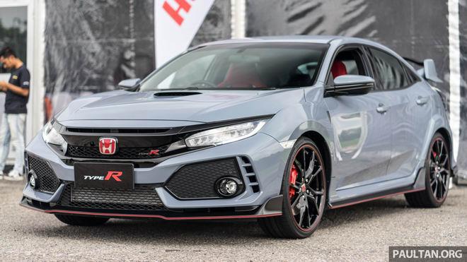 Giá cao, Honda Civic Type R 2017 vẫn ăn khách bất ngờ - 2
