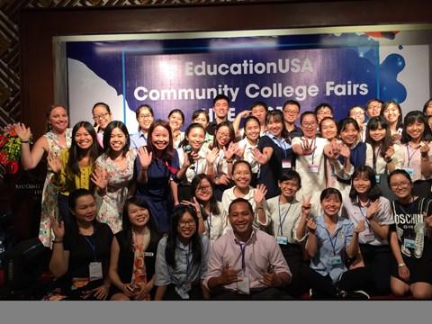 Du học sinh Việt Nam sang Mỹ tăng 16 năm liên tục - 1