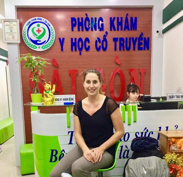 Nguyễn Thùy Ngoan – vị bác sĩ đông y trị bệnh xương khớp thu hút cả người nước ngoài - 5