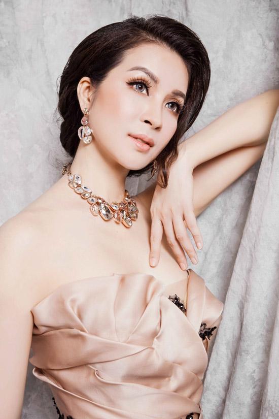 """Nhan sắc hơn 20 năm như một và bí quyết dễ """"như ăn kẹo"""" của MC Thanh Mai - 5"""