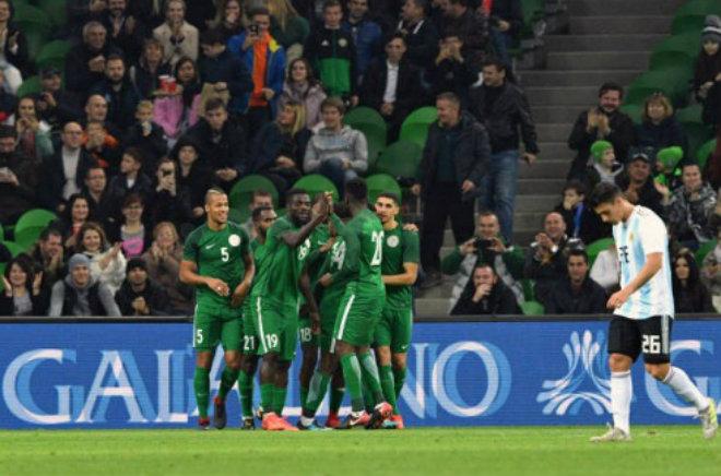 """Argentina - Nigeria: """"Siêu đại bàng"""" tung cánh, kinh hoàng 6 bàn - 1"""