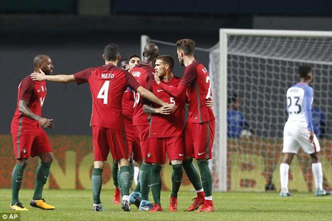 """Bồ Đào Nha - Mỹ: Ronaldo """"ẩn mình"""", cả gan vuốt râu hùm - 1"""