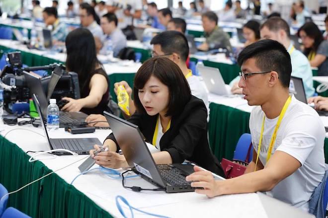 """Tiết lộ gây """"sốc"""" về đường truyền internet phục vụ báo chí tại APEC 2017 - 1"""