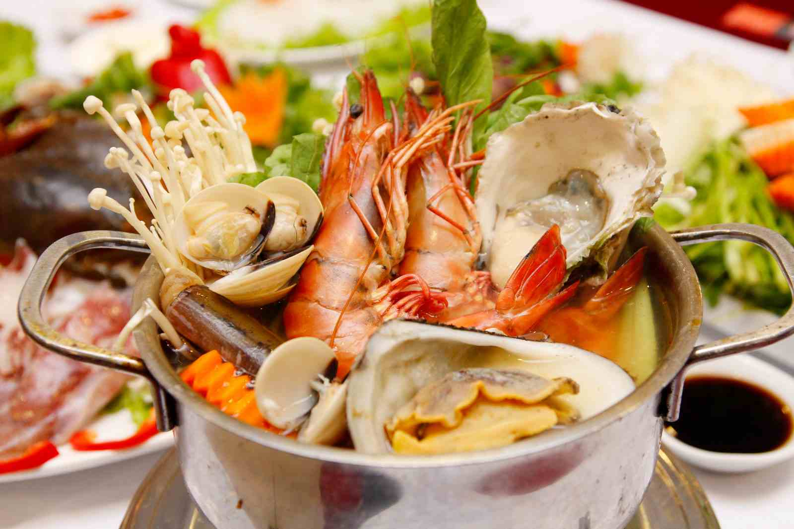 Sai lầm tai hại khi ăn hải sản và cách ăn hải sản an toàn, tốt nhất cho sức khỏe - 1