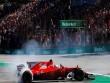 """Đua xe F1: """"Ngựa chiến"""" quần thảo, sắc đỏ bao trùm"""