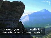Rùng mình lối đi bộ lơ lửng giữa hẻm núi không dành cho người yếu tim