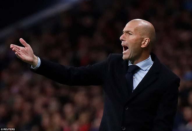 """Góc chiến thuật Atletico - Real: Zidane hết duyên, """"Kền kền trắng"""" sa lầy - 1"""