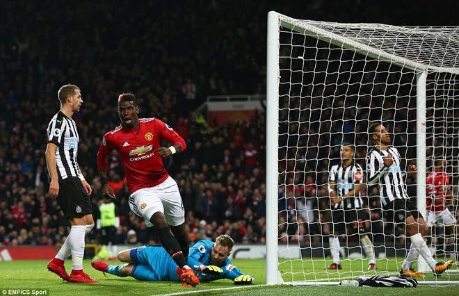 """Góc chiến thuật MU – Newcastle: Vũ điệu Pogba, """"dáng Quỷ"""" trở lại - 1"""