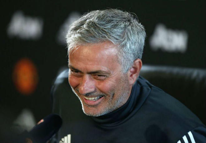 """Chuyển nhượng MU: Mourinho được hứa tặng 3 """"bom tấn"""" - 1"""