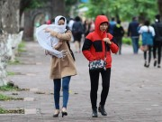 Tin tức trong ngày - Không khí lạnh tiếp tục được tăng cường, Bắc Bộ chìm trong mưa rét