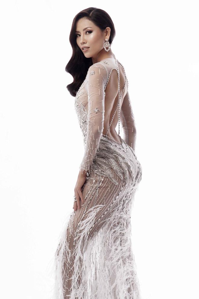 Nguyễn Thị Loan mặc mỏng manh như sương thi Hoa hậu Hoàn vũ - 1
