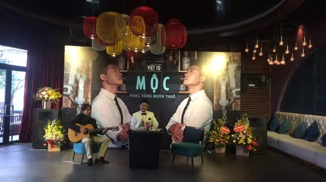 """Chi Pu hát """"thảm họa"""": Loạt ca sĩ Việt bức xúc đề nghị bỏ phiếu cấm hát?"""