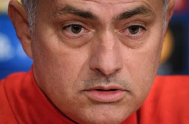 """Họp báo MU đá cúp C1: Mourinho """"cáu"""" với Lukaku vụ thoát án tù - 3"""