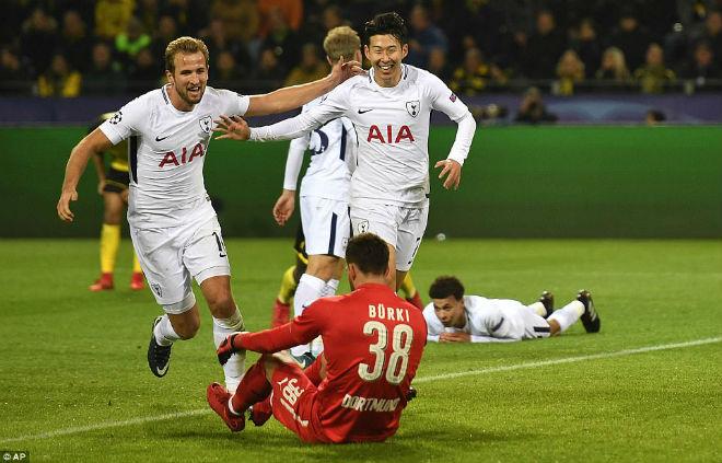 """Tuyệt tác cúp C1: Ronaldo – Benzema """"giải hạn"""", Liverpool bị rượt đuổi điên rồ - 6"""