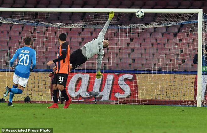 """Tuyệt tác cúp C1: Ronaldo – Benzema """"giải hạn"""", Liverpool bị rượt đuổi điên rồ - 14"""