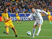"""Tuyệt tác cúp C1: Ronaldo – Benzema """"giải hạn"""", Liverpool bị rượt đuổi điên rồ"""