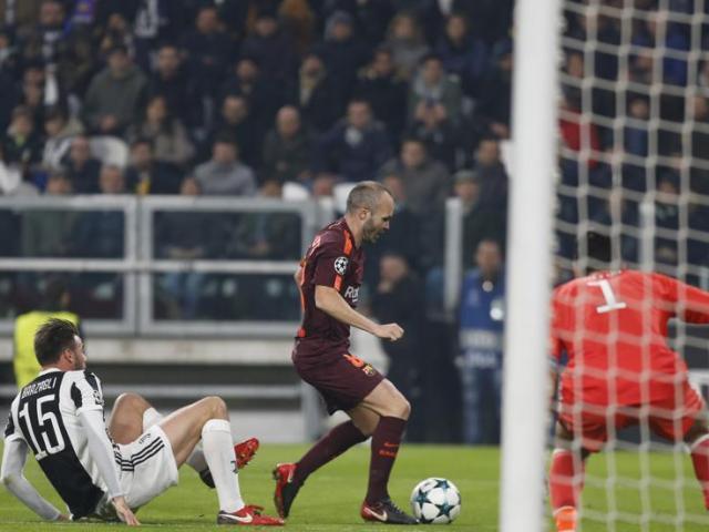 Messi dự bị sau 1 năm, Barca vẫn gặt kỉ lục đáng nể ở cúp C1