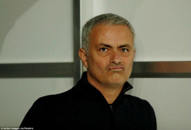 """Góc chiến thuật Basel – MU: Hiệp 2 """"thảm họa"""", ôm hận vì Mourinho - 2"""