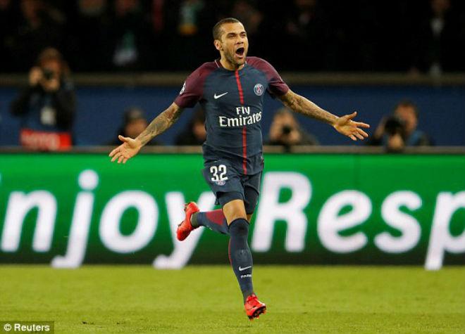 """Tuyệt tác cúp C1: Griezmann """"ngả bàn đèn"""", Neymar đua """"săn bàn"""" Cavani - 10"""